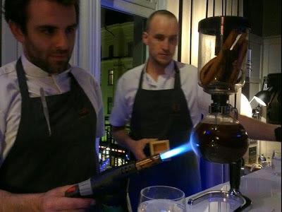 Der raum pop-up bar in Stockholm, Trader Magnus