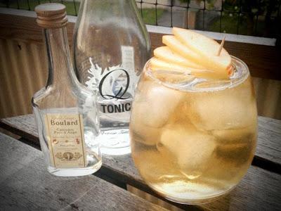 Calvados & Tonic, Trader Magnus